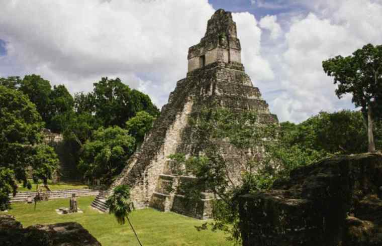 Piramida majów