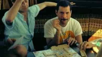 Foto de Freddie Mercury e os jogos de tabuleiro