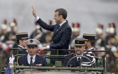 Emmanuel Macron dans la continuité de François hollande pour le sabordage du Mali
