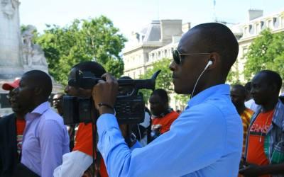 Meeting du camp du OUI à Paris: agression des reporters de RPMEDIAS