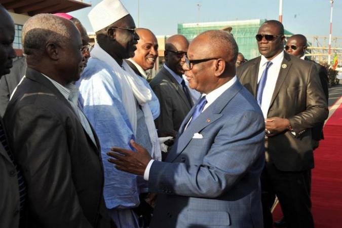 Le président IBK saluant Ousmane Haidara