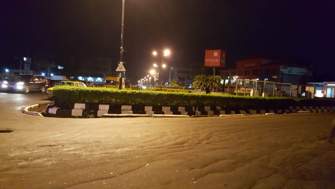 La prostitution à Lagos : le rond point d'Allen Avenue