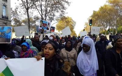 Marche à Paris contre l'esclavagisme en milieu Soninké en Afrique de l'ouest