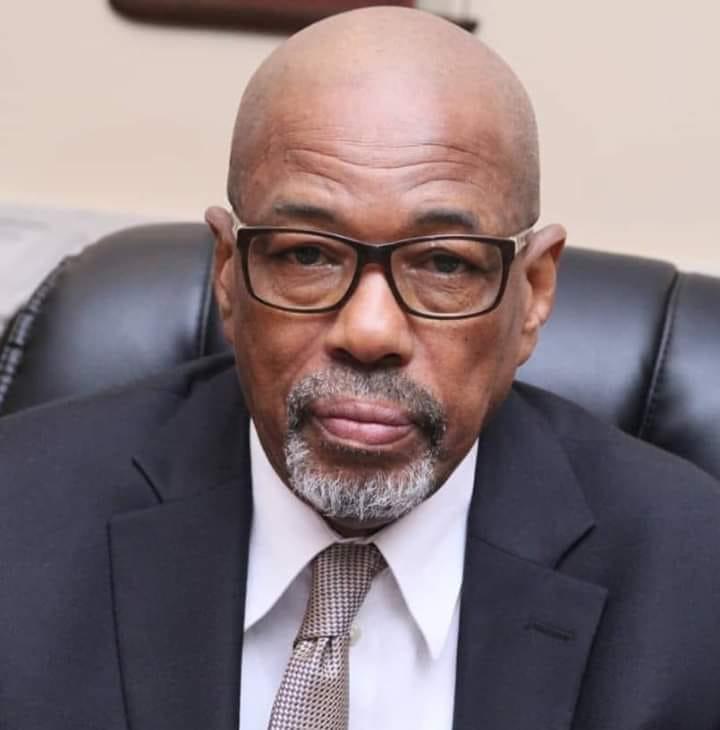 Le ministre Boubacar Alpha BA