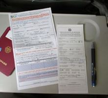 filling immigration card
