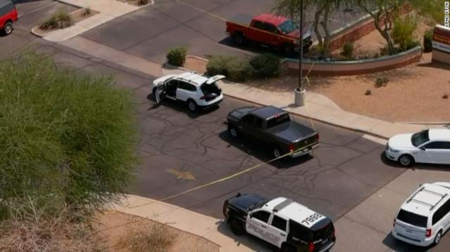 Sulm me armë në SHBA, 1 i vdekur dhe 13 të plagosur, arrestohet autori 19-vjeçar
