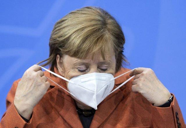 """Merkel: Evropa po ecën mbi """"akull të hollë"""" sherri i variantit Delta"""