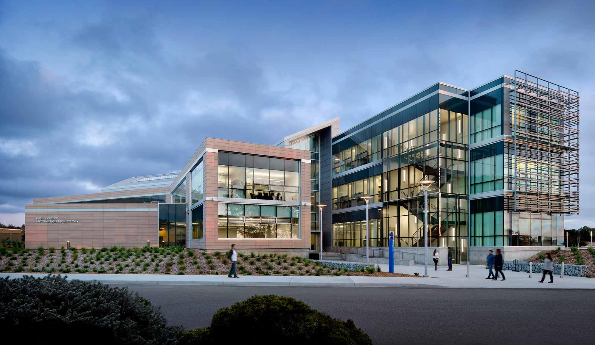 CSU Monterey Bay The Business  Information Technology