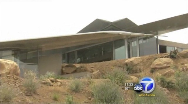 "Malibu ""Wing House"" ABC7 News Report"