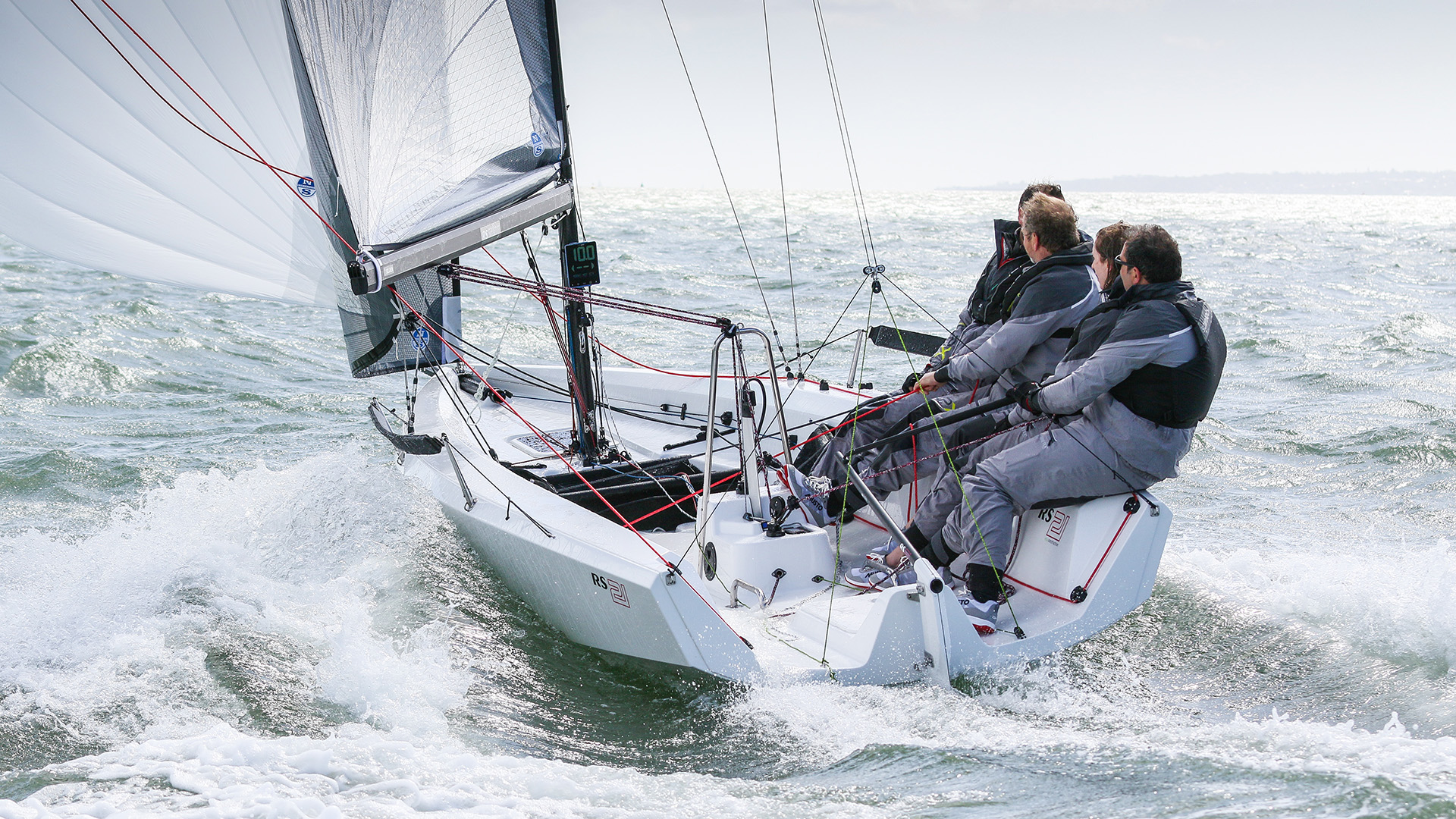 hight resolution of rs21 keelboat sailing cowes
