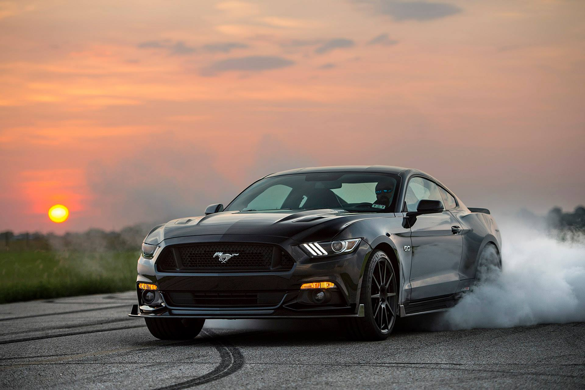 Burning Car Wallpaper Rolls Royce 2015 Ford Mustang Hpe750 By Hennessey Burning Rubber