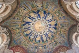 Mosaici della volta del Battistero Neoniano, Ravenna