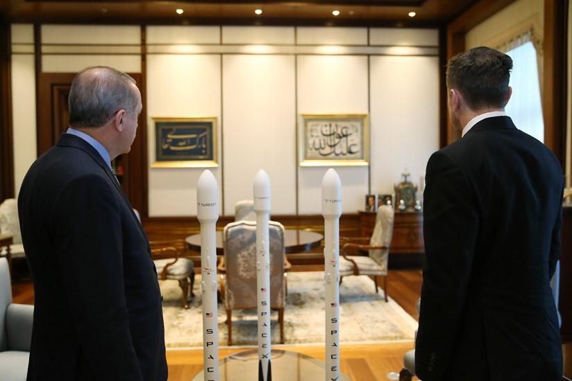 Turkish President met Tesla and SpaceX CEO