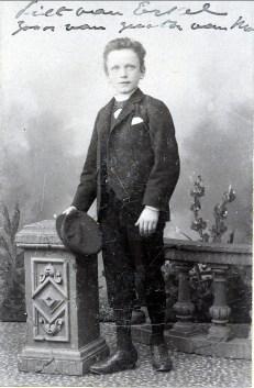 1892 approx Piet van Erkel (1882-1962), fils d_Agnès soeur de Moe