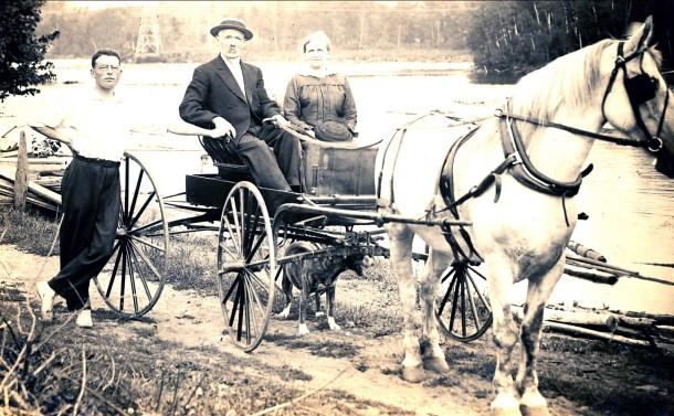 1916, 26 août, Jean (Onkel), Arnold et Moe der Kinderen avec Flick
