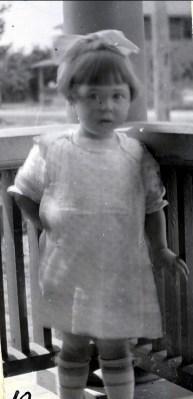 1919, Jeanne de Kinder à 2 ans