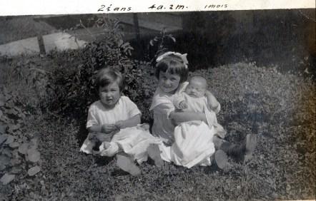 1921, Jeanne, Henriette et Gaby de Kinder
