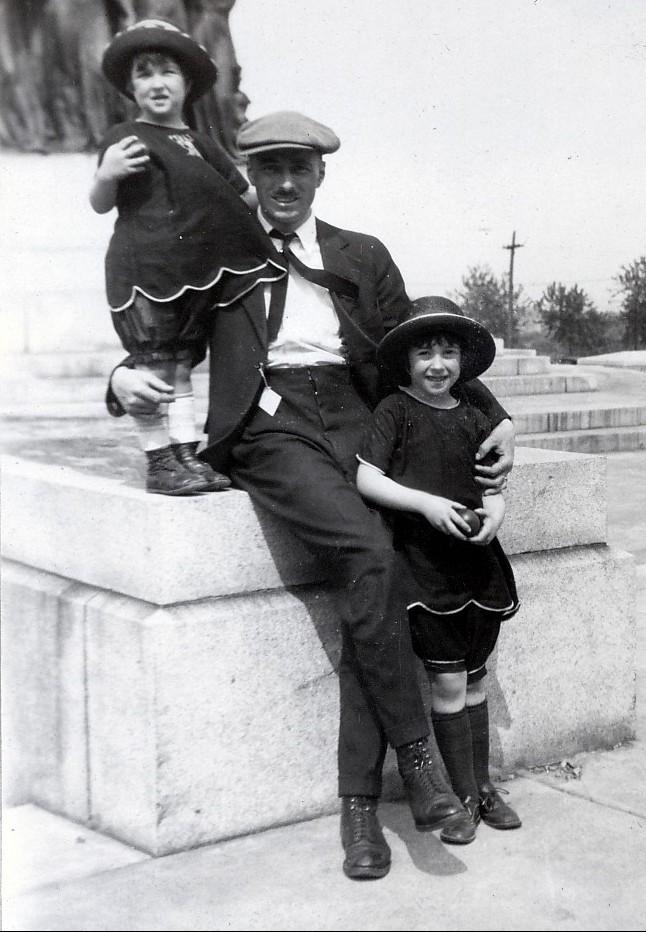 1923, Henriette, François et Jeanne de Kinder