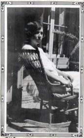 1928, Germaine de Kinder