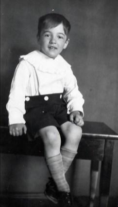 1929, Robert de Kinder
