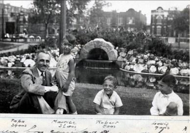 1930, François, Maurice, Robert et Louis de Kinder à Outremont