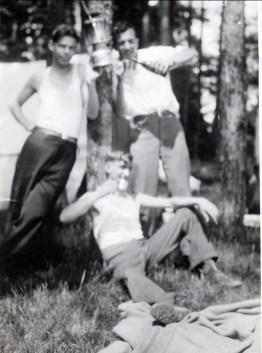 1932, Albert île aux Cerfs