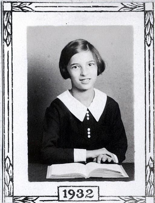 1932, Gabrielle de Kinder