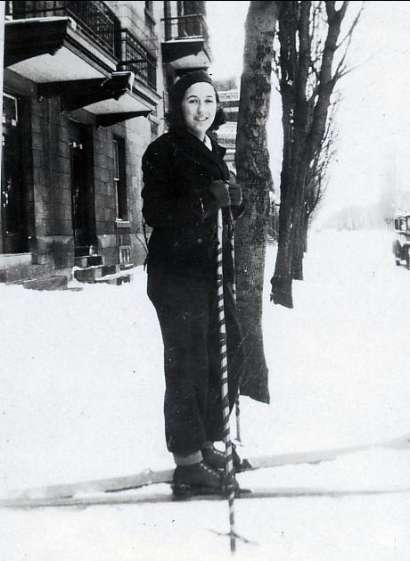 1933, Jeanne en skis