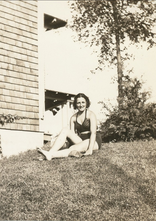 1936, août Henriette en vacances