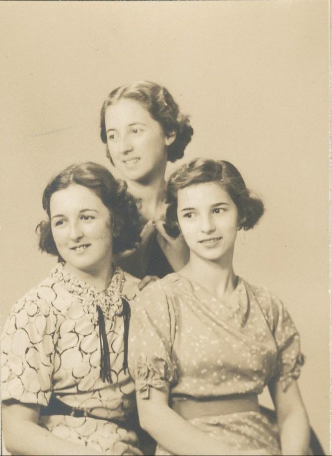 1936, les trois soeurs