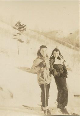 1938, Henriette à Shawinigan avec Robert Ménard