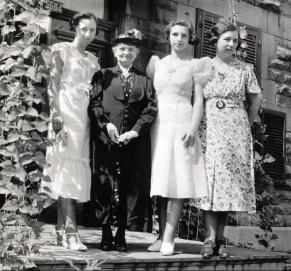 1938, Jeanne, Moe, Gaby et Germaine