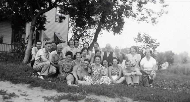 1939, pensionnaires d_été à la ferme Joly