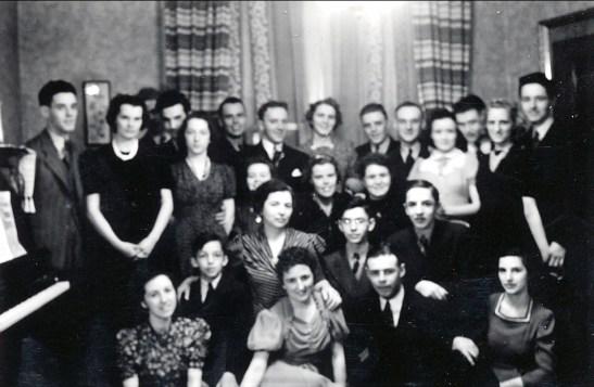 1940, 22 mars, Henriette a 21 ans