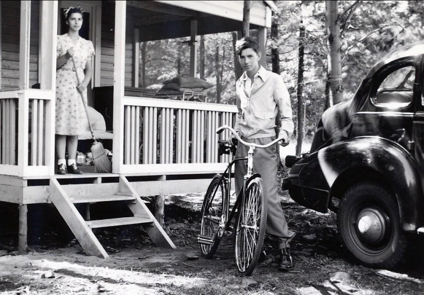 1941, Gaby et Louis de Kinder à Ste-Eustache