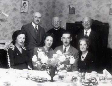 1941, avril, fiançailles de Jeanne de Kinder avec Jean-Paul Naubert