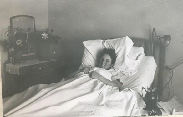 1941, mars Paulette vient de naître