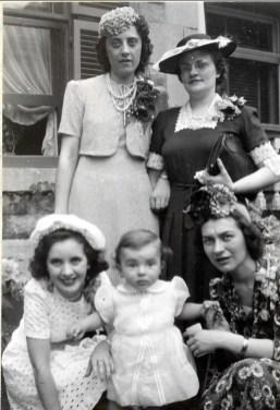 1942, au mariage de Jeanne de Kinder