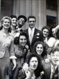1944, Mariage de Laurette Jean Thivierge au centre