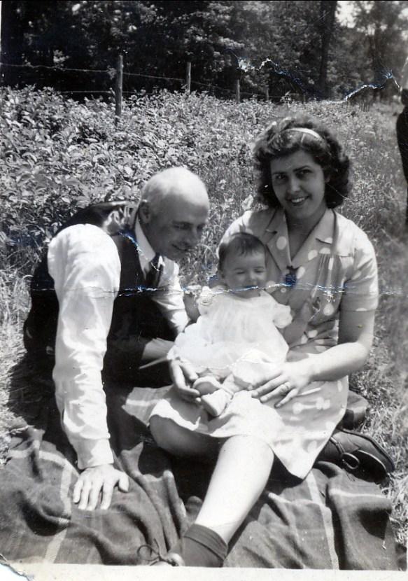 1944, St-Canut, François de Kinder, Irène Thivierge, Helen Thoms