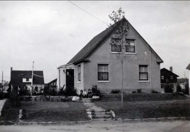 1945, 5741 avenue des Plaines