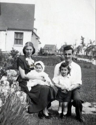 1947, Laurette et Hélèna, Johnny et Jimmy Sofio