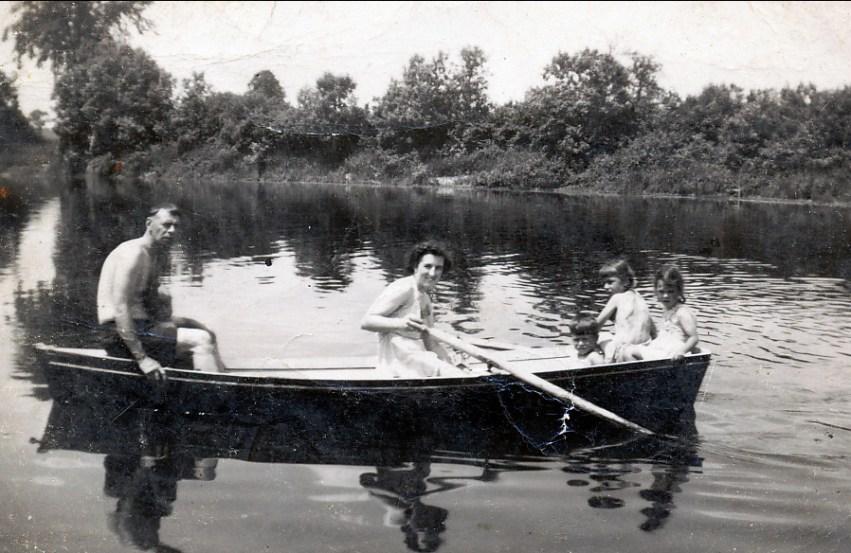 1949, Albert, Henriette, Marc, Paulette et Irène