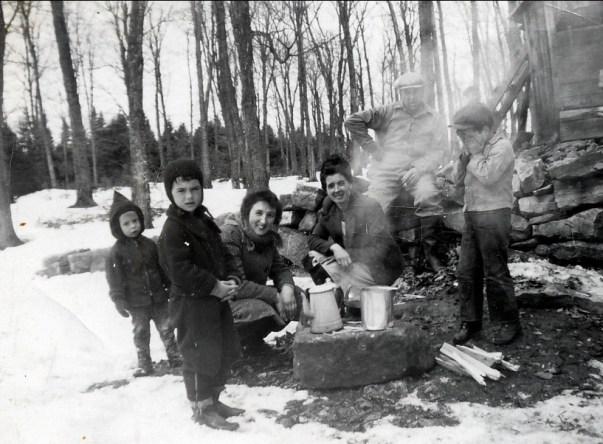 1950, St-Canut - Bobby, Irène, Henriette, Simone, Elzéar, Claude