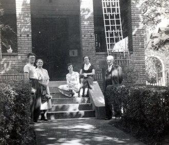 1950, approx Gérard, Victoria Bessette, Gaby, Germaine, Jean-Baptiste Bessette