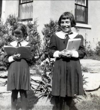 1950, approx Irène et Paulette