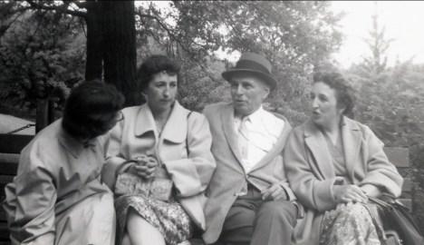 1958, Gaby, Jeanne, François de Kinder et Henriette