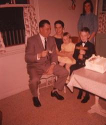 1959, Léo Thivierge et son épouse Claire, Claire, Richard et Irène