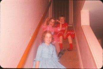 1960, Gisèle, Viviane de Kinder et Claire