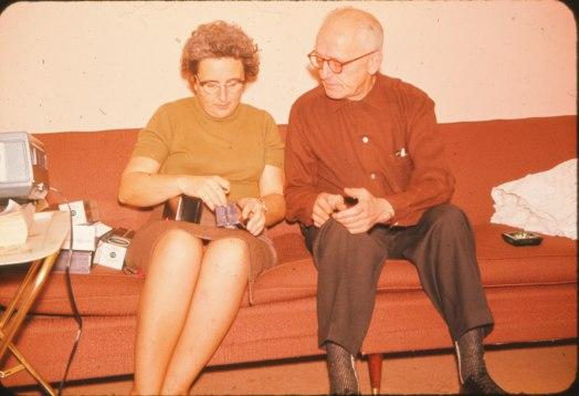 1965, approx Henriette et Onkel